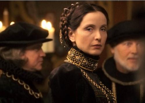 1239716675_julia-delpy-the-countess